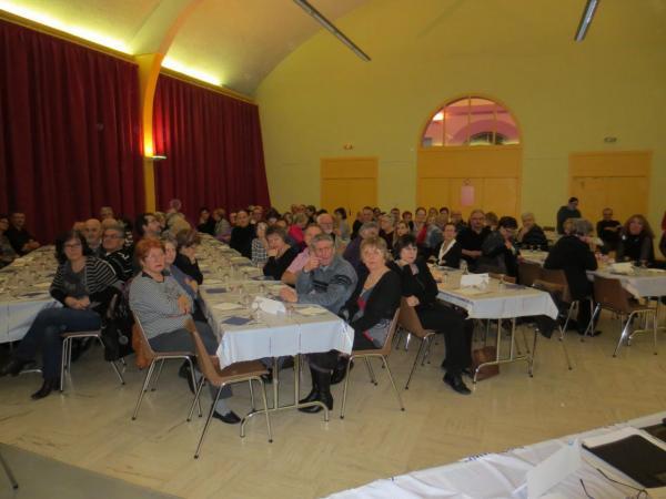 Une assemblée nombreuse et très atentive